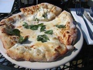 Olive Garden chicken formaggio pizza
