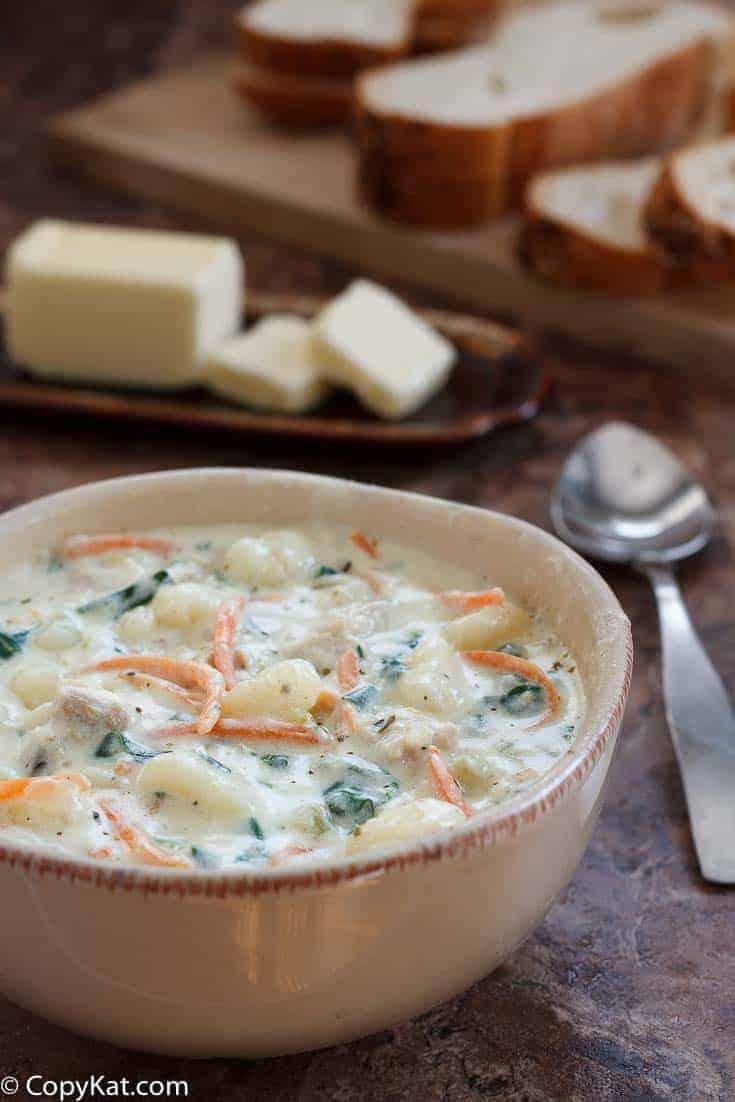 Olive Garden Chicken Gnocchi Soup Copycat