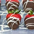Love Bites – Chocolate Covered Strawberries