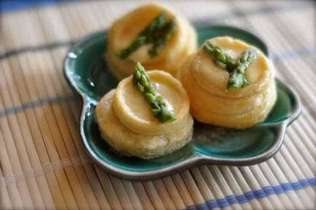Kitchen Play Asparagus Holldaise Tart