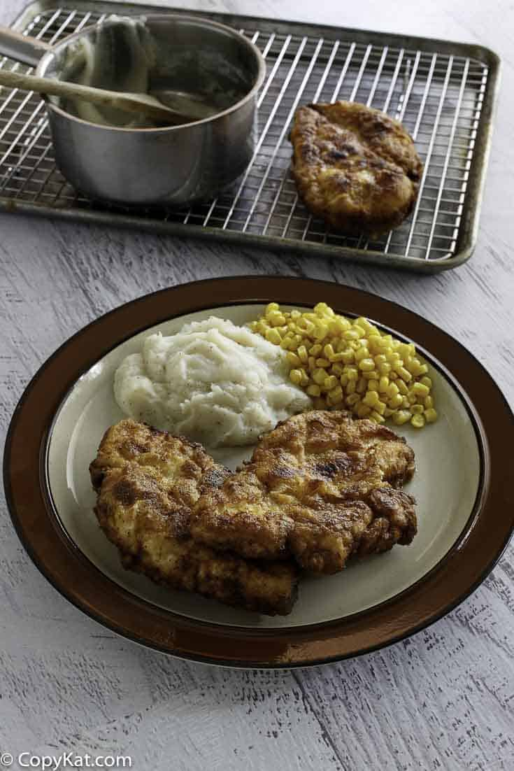 Make your own version of Cracker Barrel Sunday Chicken, it is only served on Sundays, you can make it any day of the week!