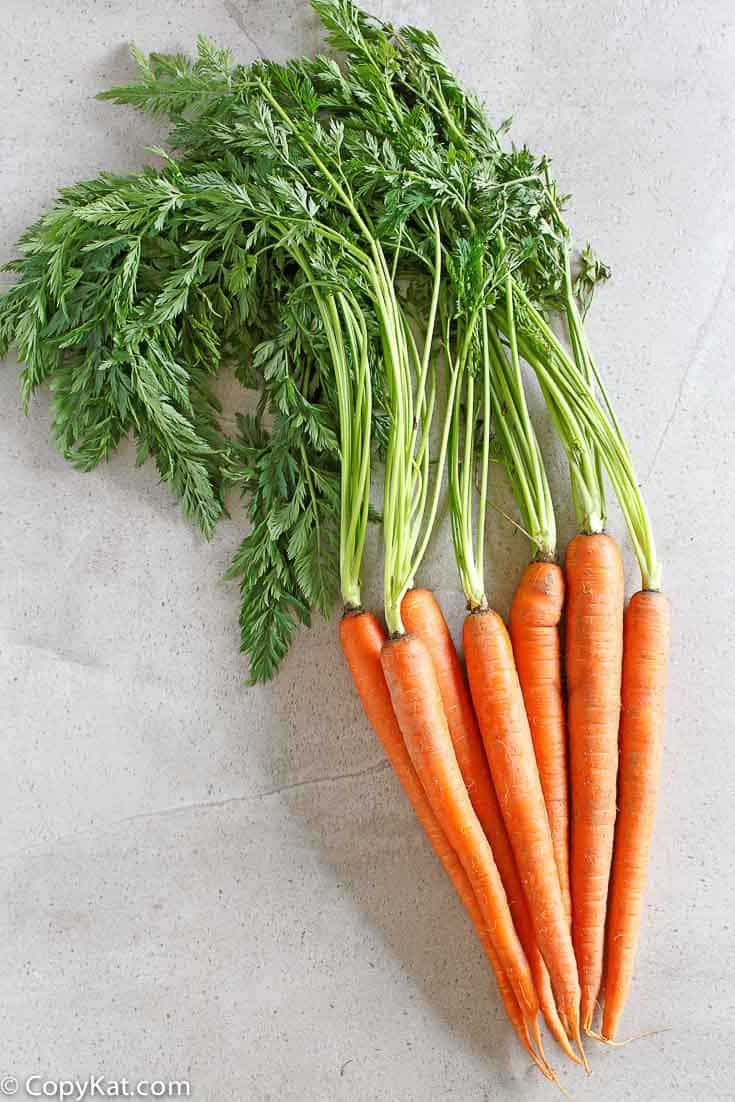 You don't need to buy carrots that are canned or frozen you can make delicious cooked carrots from scratch.