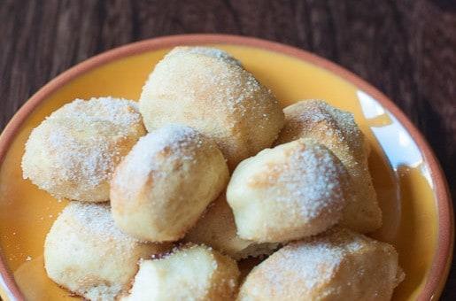 Cinnamon and Sugar Pretzel Bites from CopyKat.com