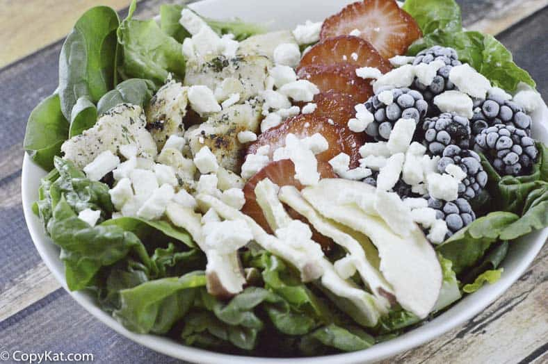 Make your own delicious bowl of Wendy's Summer Berry Salad with this easy copycat recipe.