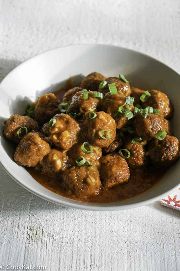 Make these easy to prepare meatballs that everyone will love with this recipe.