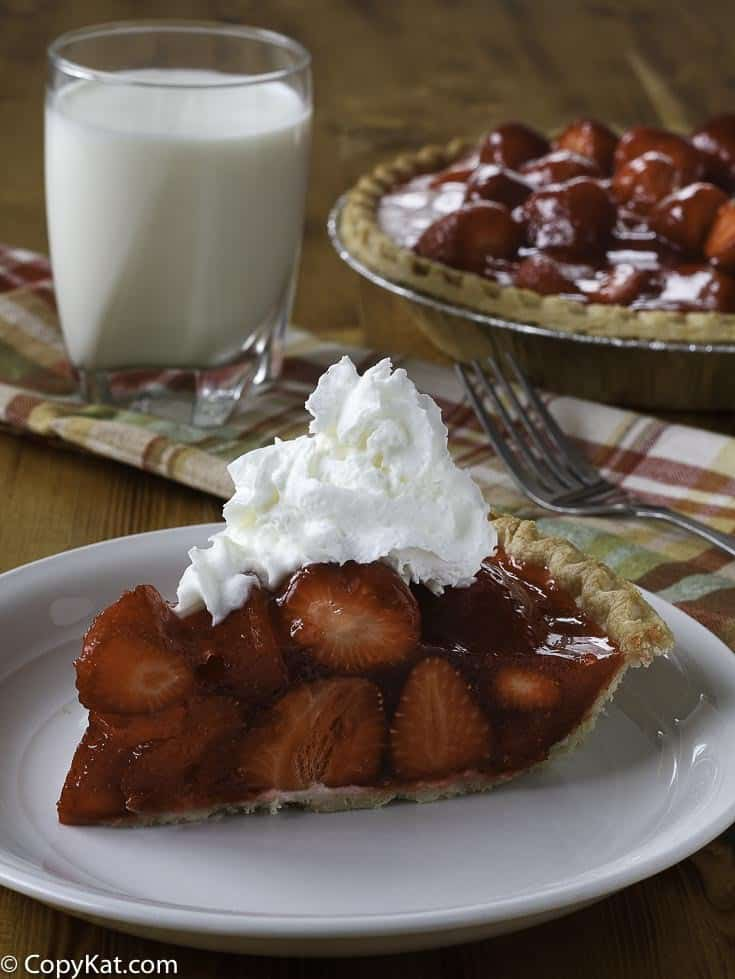 Make a delicious Shoney's Pie  with this easy copycat recipe.