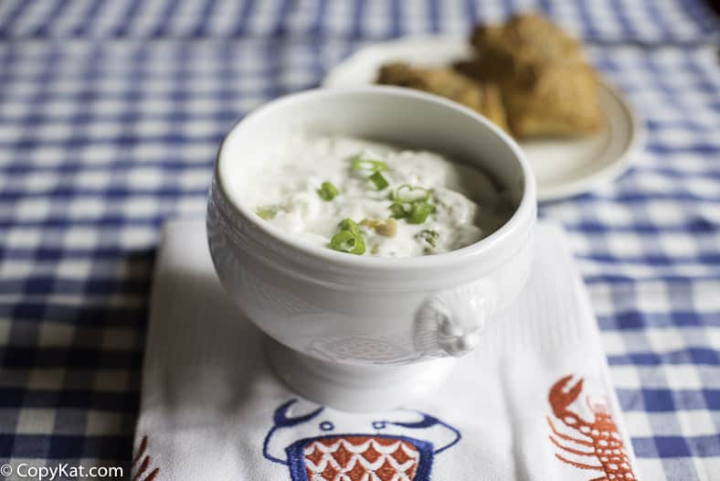 You can recreate Red Lobster Clam Chowder and it will taste just as good as it does in the restaurant with this copycat recipe.