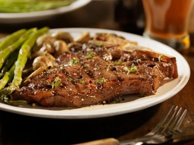 castaways steak and mushrooms