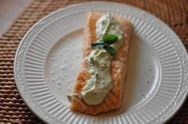 grilled salmon with pesto cream cheese sauce