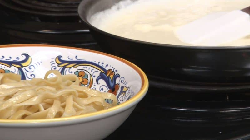 How To Make Olive Garden Alfredo Sauce
