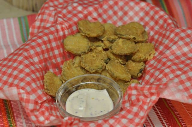 learn how to make hooters fried pickles