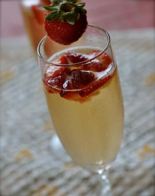 picture of strawberry bellini cocktail