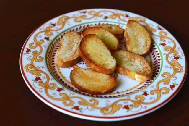 learn how to make crostini