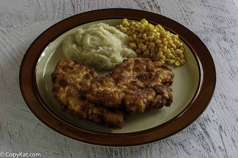 Make your own Cracker Barrel Sunday Chicken with this copycat recipe.