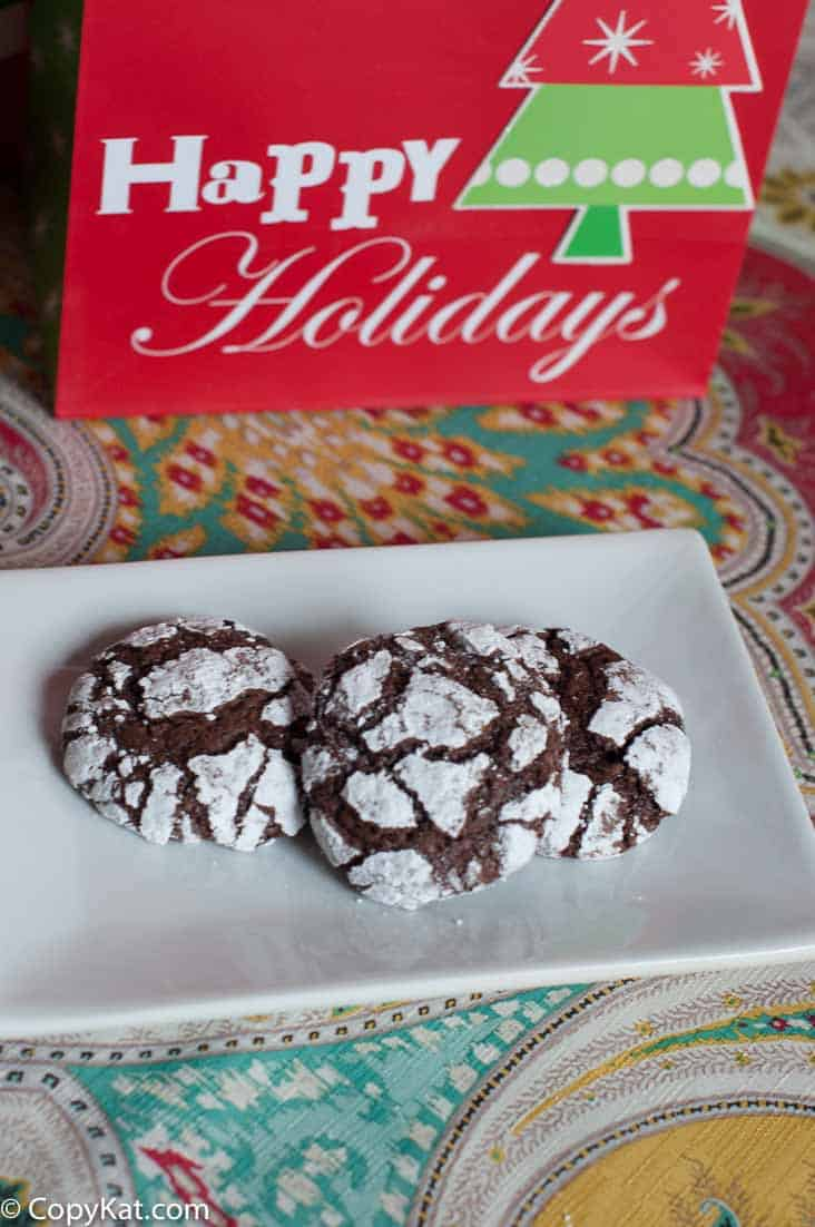 Make these delicious chocolate crinkle cookies today.