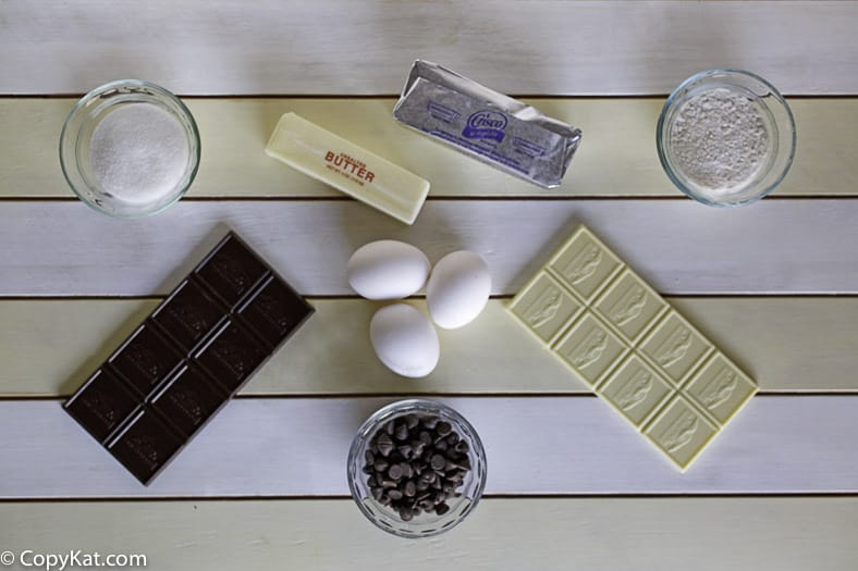 Ingredients for the Applebees Triple Chocolate Meltdown cake.